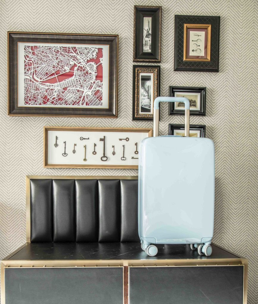 Raden smart Luggage, best winter carryon