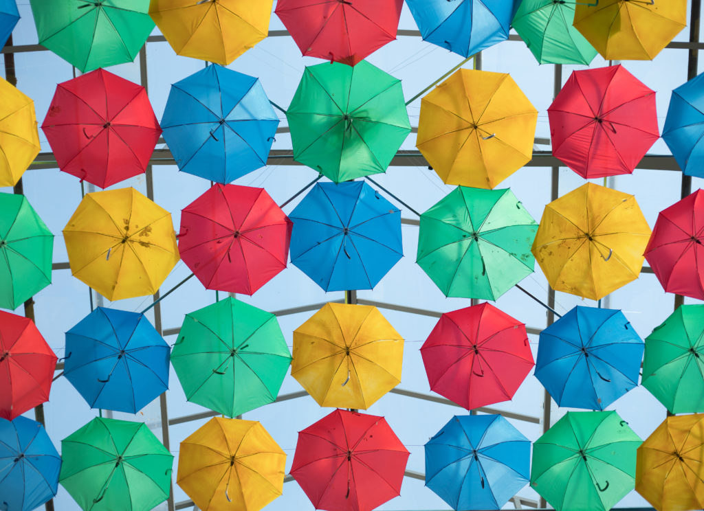 Living in Mérida you will see the most beautiful art and galleries. Macay recently had a colorful umbrella installation.